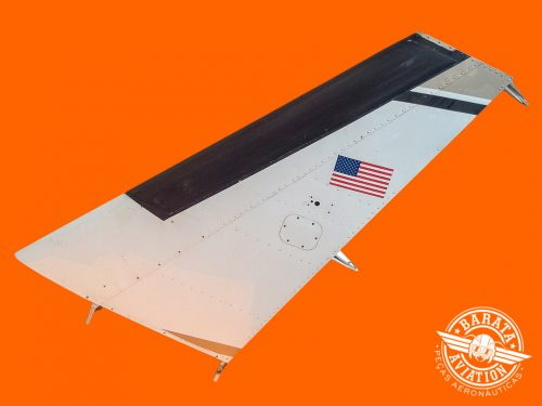 Estabilizador Vertical Beechcraft B55 1977 P/N 96-640000-607