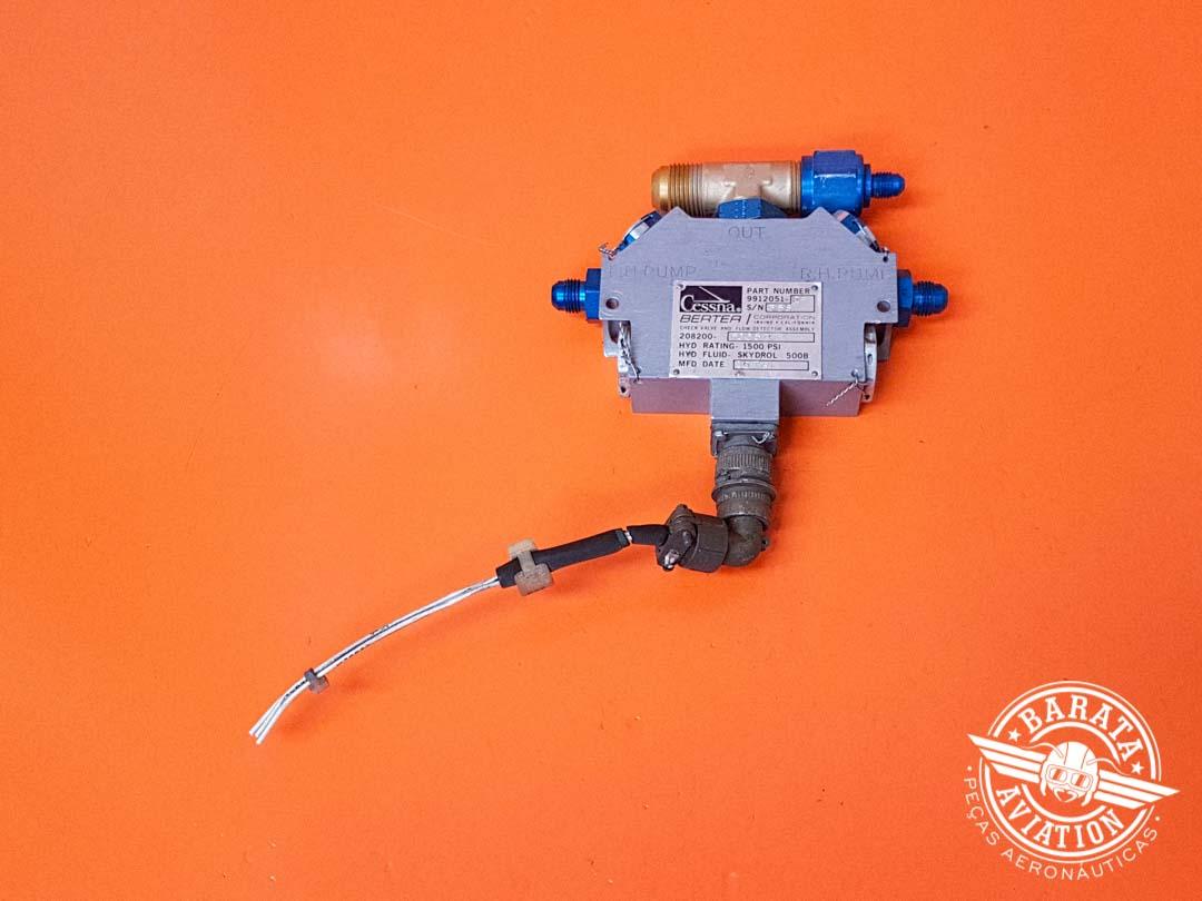 Check Valve e Detector de Fluxo L/H e R/H P/N 208200-5005M